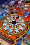 funhouse_pinball_machine_clock_lg.jpg
