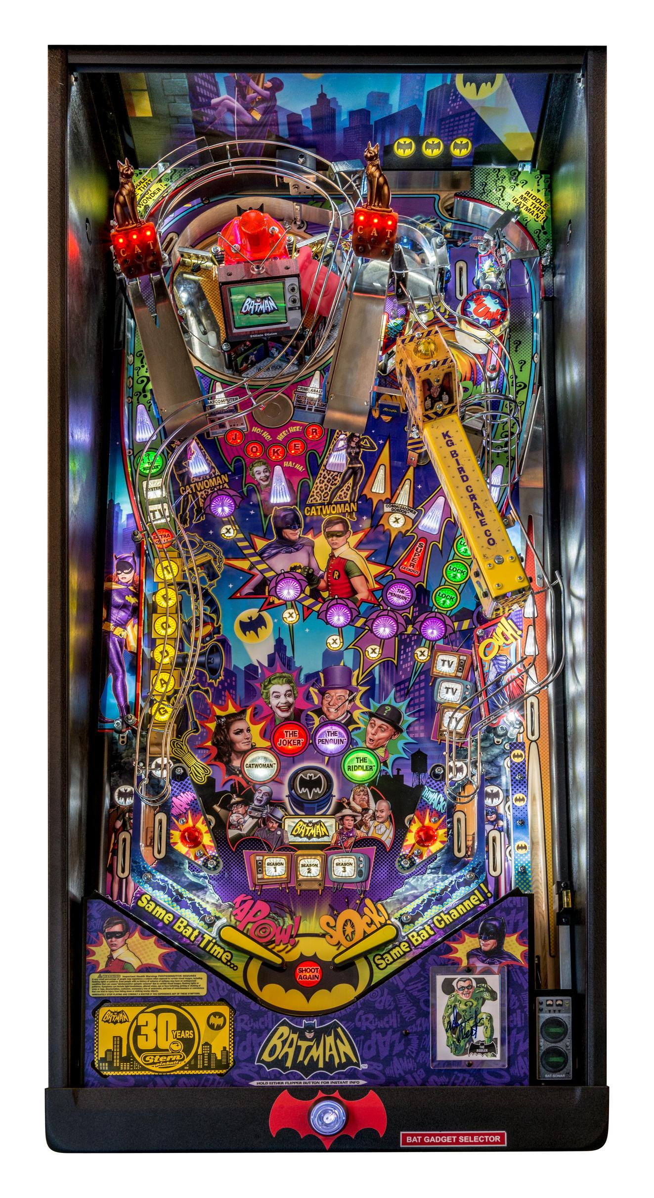 Batman 66 Pinball Machine by Stern Pinball